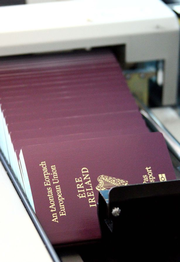 can you get a passport application at the post office